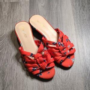 NINE WEST NWOT Orange Floral Slip on Sandals 6M